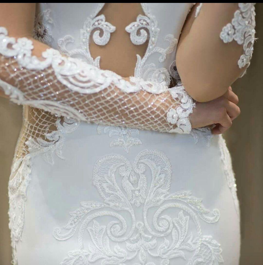 Outlet abiti da sposa vasto